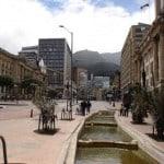 Vigyázó szemetek Bogotára vessétek!