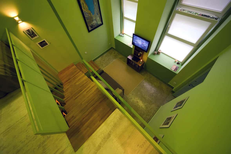 A lépcső, ami elválaszt és összeköt...