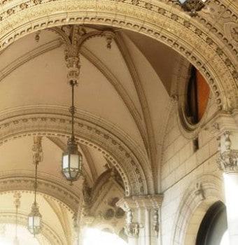 A Dreschler-palota a MÁV Nyugdijalapjának elegáns bérháza volt.