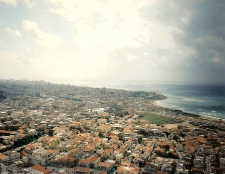 Tel-Aviv látképe az egyetlen magas házból az 1980-as években