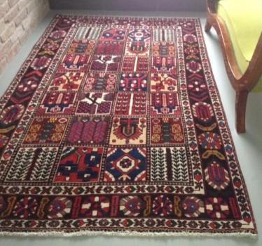 A nappali szőnyege: Bakhtiar