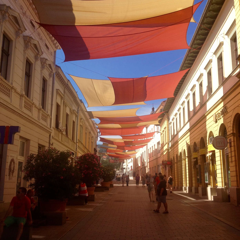 Pécs - a nyári Király utca
