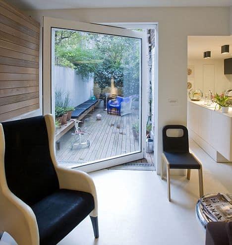 a lakáshoz tartozó terasz